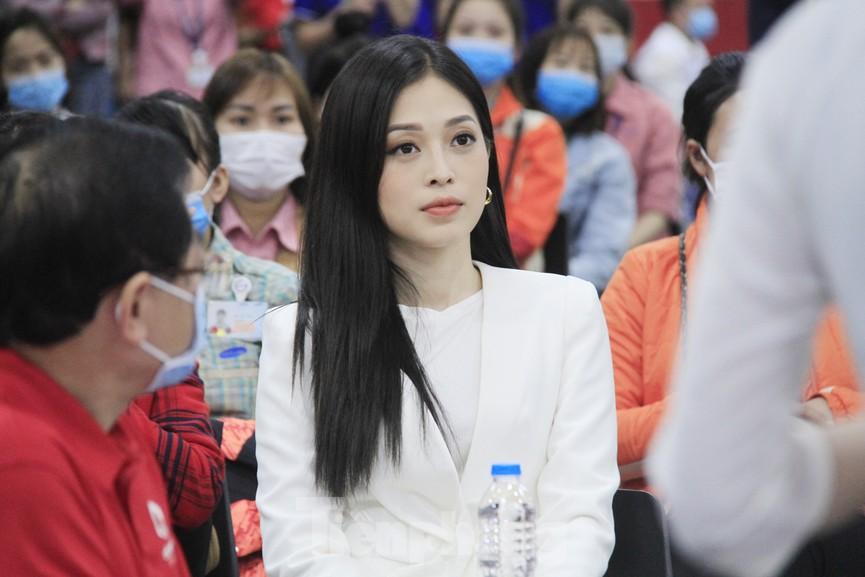 Samsung Việt Nam hiến máu hưởng ứng chương trình Chủ nhật Đỏ - ảnh 9