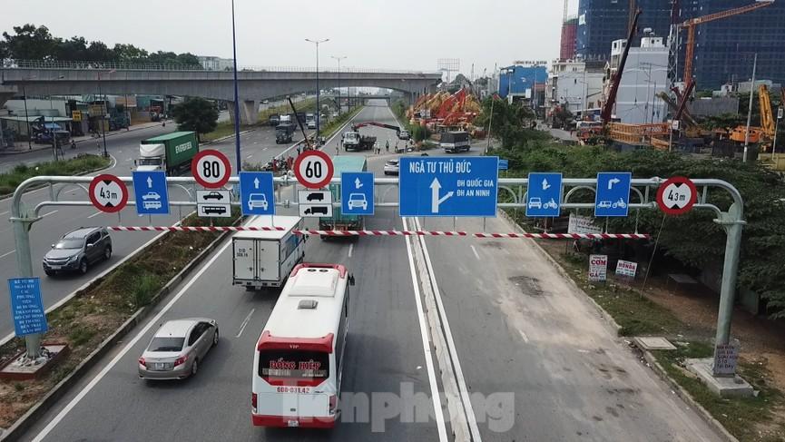 Nhìn từ trên cao nút giao thông cửa ngõ phía Đông Sài Gòn vừa thông xe - ảnh 2