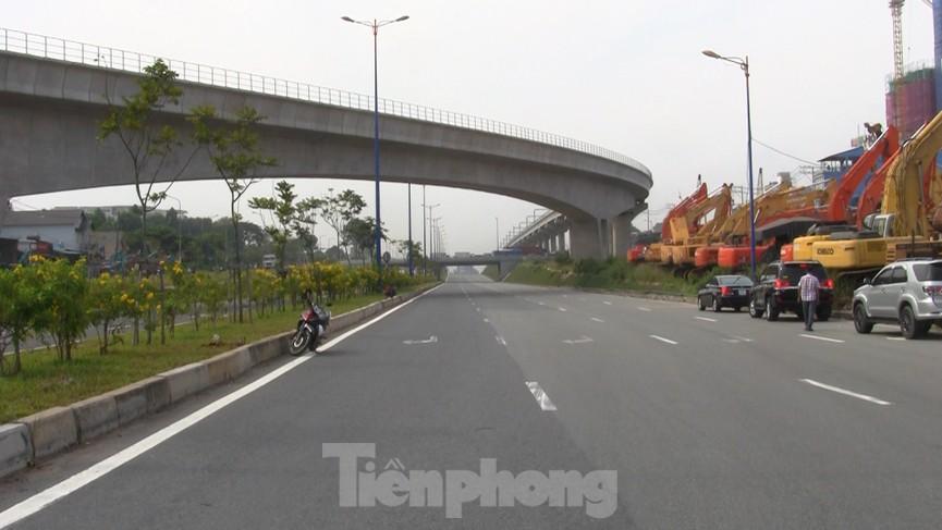 Nhìn từ trên cao nút giao thông cửa ngõ phía Đông Sài Gòn vừa thông xe - ảnh 6