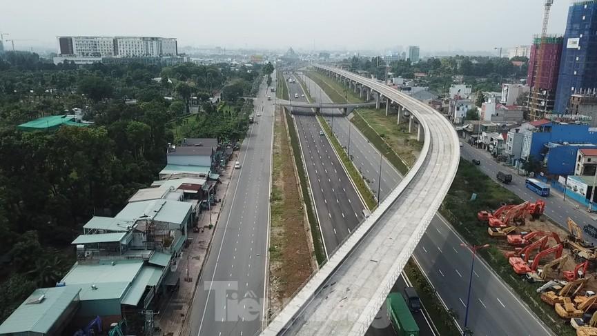 Nhìn từ trên cao nút giao thông cửa ngõ phía Đông Sài Gòn vừa thông xe - ảnh 10