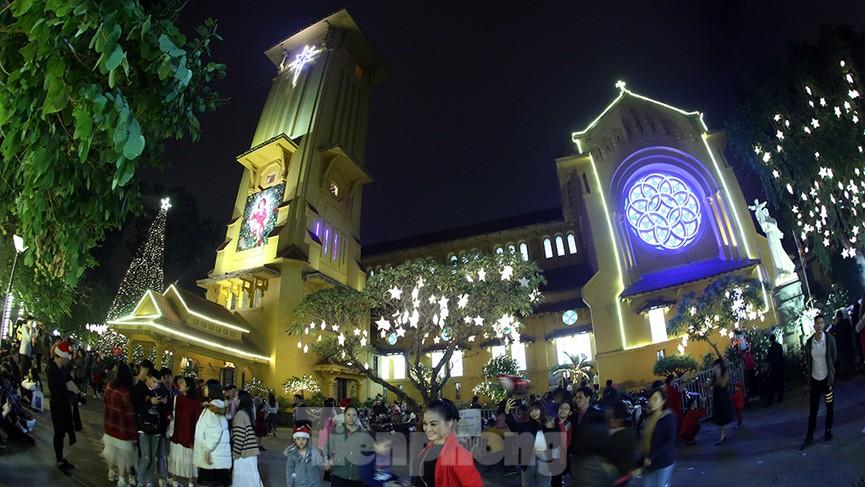 Nhà thờ Cửa Bắc: Đêm thánh đường đón Noel - ảnh 1
