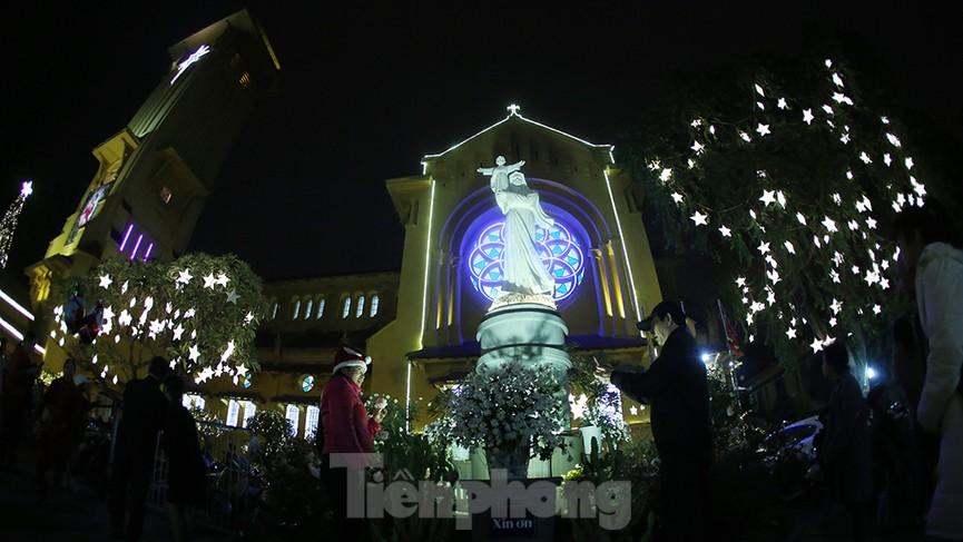 Nhà thờ Cửa Bắc: Đêm thánh đường đón Noel - ảnh 16