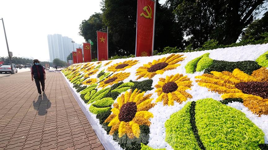 Trung tâm Hội nghị Quốc gia trang hoàng chuẩn bị Đại hội lần thứ XIII của Đảng - ảnh 4