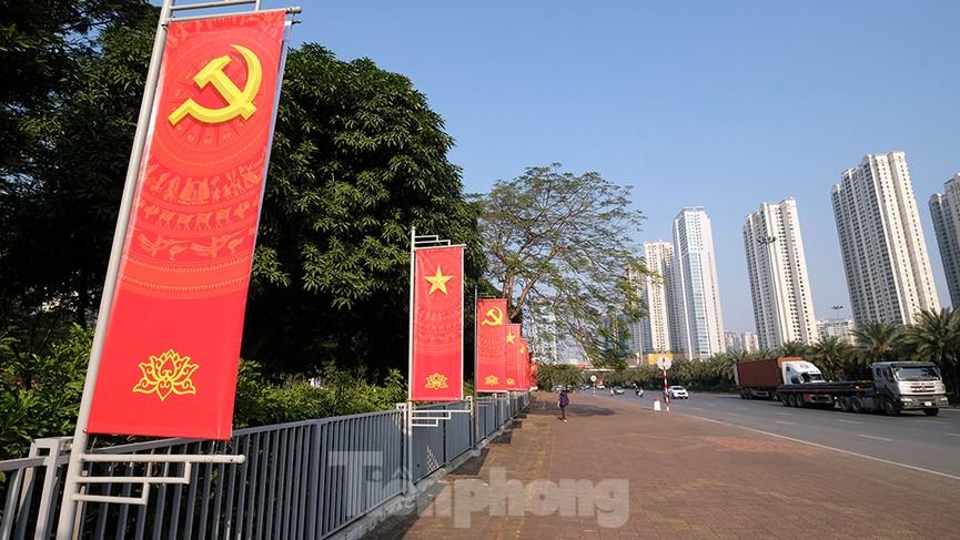 Trung tâm Hội nghị Quốc gia trang hoàng chuẩn bị Đại hội lần thứ XIII của Đảng - ảnh 7