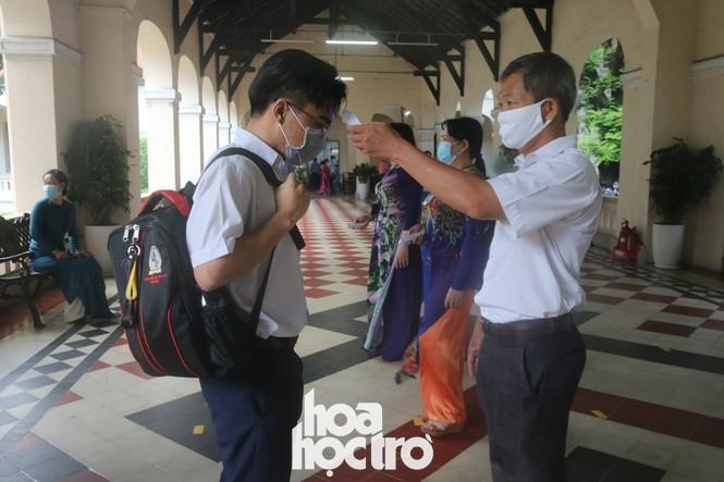 Nhìn lại 2020: Học sinh Việt đã vượt qua những sự kiện chưa từng có tiền lệ như thế nào? - ảnh 2