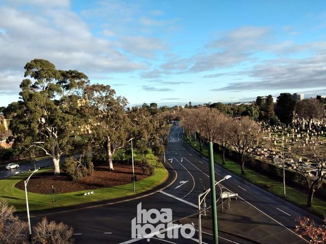 Không khí hoang mang, lo lắng bao trùm tiểu bang Victoria - Tâm dịch COVID-19 của nước Úc - ảnh 1