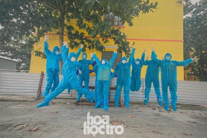 Đà Nẵng: Những sinh viên ngoại tỉnh chọn bỏ lỡ chuyến xe cuối cùng về nhà - ảnh 3