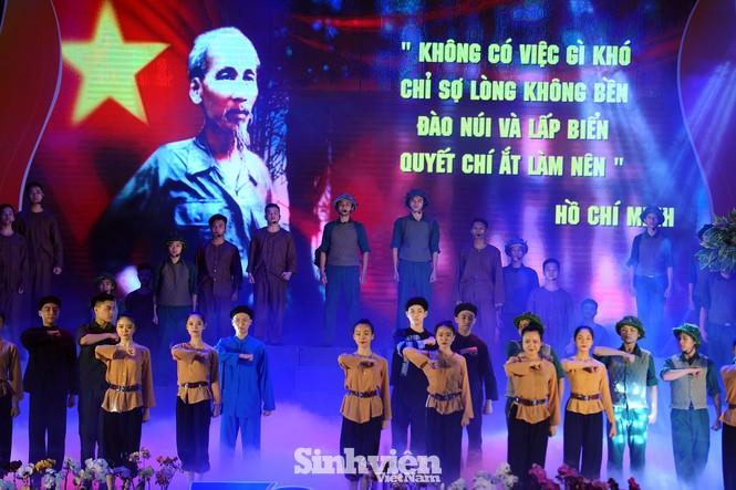 Xúc động hình ảnh Lực lượng Thanh niên xung phong Việt Nam qua các thời kỳ - ảnh 7