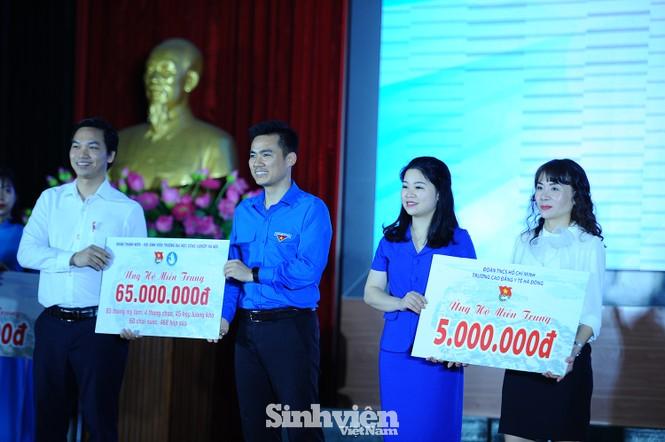 Gần 500 triệu đồng từ các cơ sở Đoàn - Hội Thủ đô ủng hộ đồng bào miền Trung - ảnh 4
