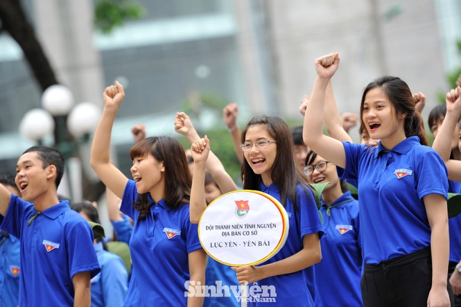 Thực hiện hàng trăm công trình trong Chiến dịch Thanh niên tình nguyện Hè - ảnh 3