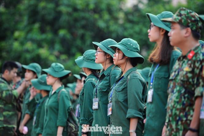 Nữ sinh trường ĐH Ngoại ngữ trải nghiệm hành, trú quân trong kỳ học ngoại khoá - ảnh 3