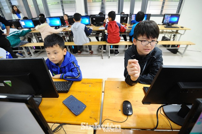 169 thí sinh tham dự vòng sơ khảo phía Bắc Hội thi Tin học trẻ toàn quốc - ảnh 4