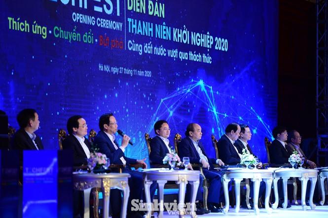 Thủ tướng Chính phủ Nguyễn Xuân Phúc đối thoại với Thanh niên khởi nghiệp - ảnh 5