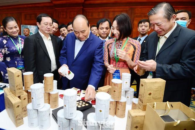Thủ tướng Chính phủ Nguyễn Xuân Phúc đối thoại với Thanh niên khởi nghiệp - ảnh 4