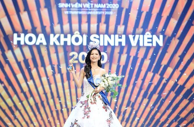 Nhan sắc rạng ngời của nữ sinh viên giành vương miện Hoa khôi Sinh viên Việt Nam 2020 - ảnh 1