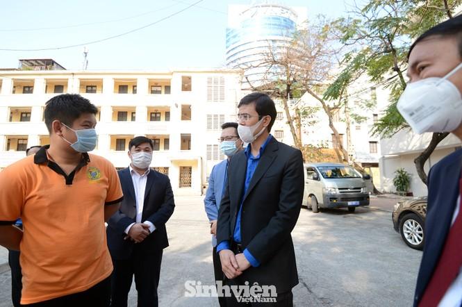 T.Ư Hội Sinh viên thăm và tặng quà lưu học sinh Lào nhân dịp Tết Tân Sửu 2021 - ảnh 5