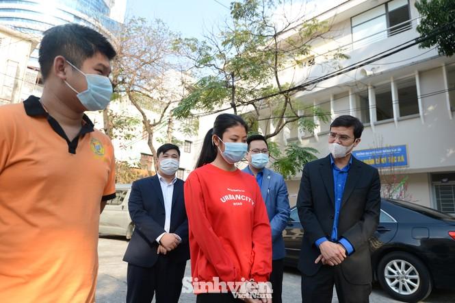 T.Ư Hội Sinh viên thăm và tặng quà lưu học sinh Lào nhân dịp Tết Tân Sửu 2021 - ảnh 6