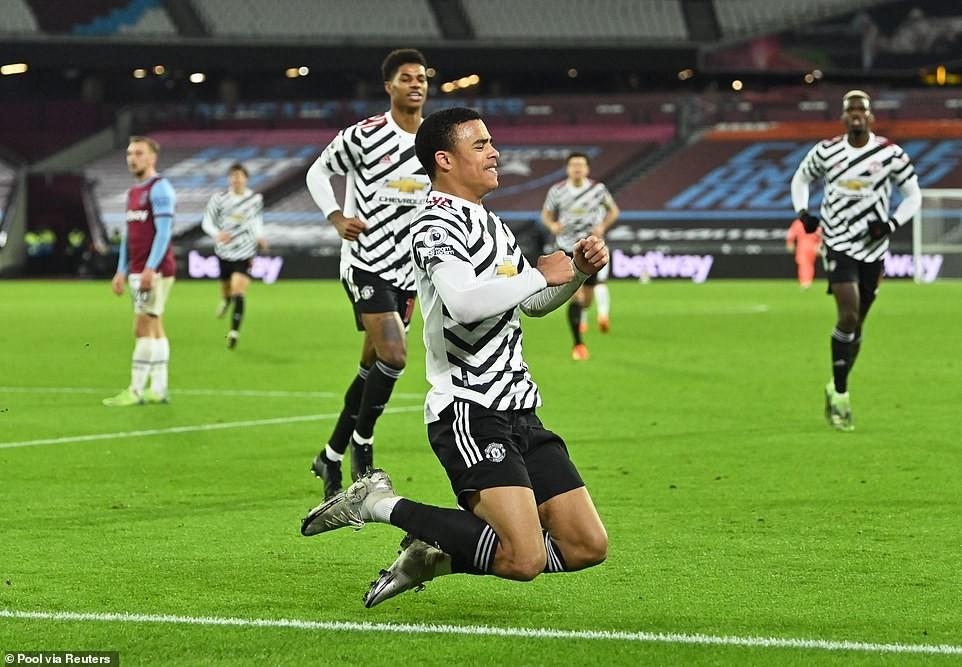 Ngược dòng khó tin trước West Ham, M.U lọt vào top 4