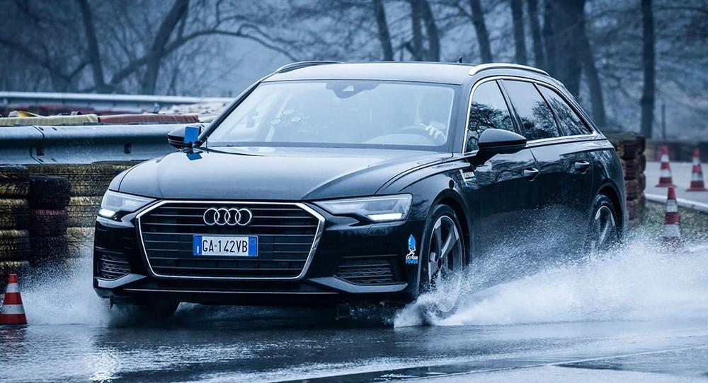 Công nghệ mới giúp ôtô tránh bị 'trượt nước'