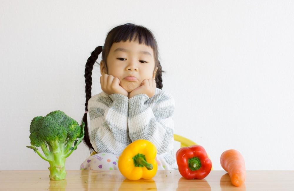 Gia đình có điều kiện, vì sao con vẫn suy dinh dưỡng thấp còi?