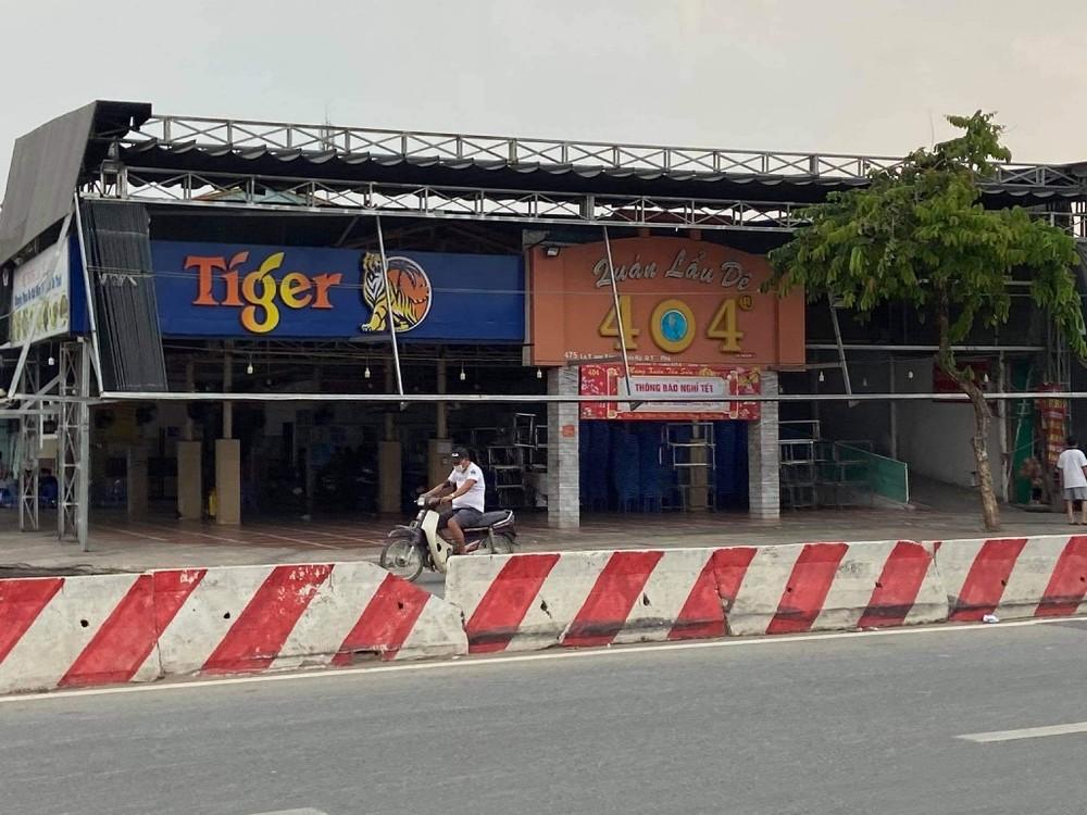 Cách ly 47 người tiếp xúc nhân viên sân bay Tân Sơn Nhất mắc COVID-19
