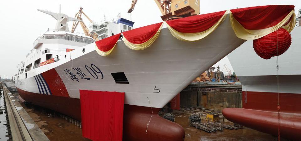 Những con tàu khổng lồ phục vụ chiến thuật 'đâm va' của hải quân Trung Quốc