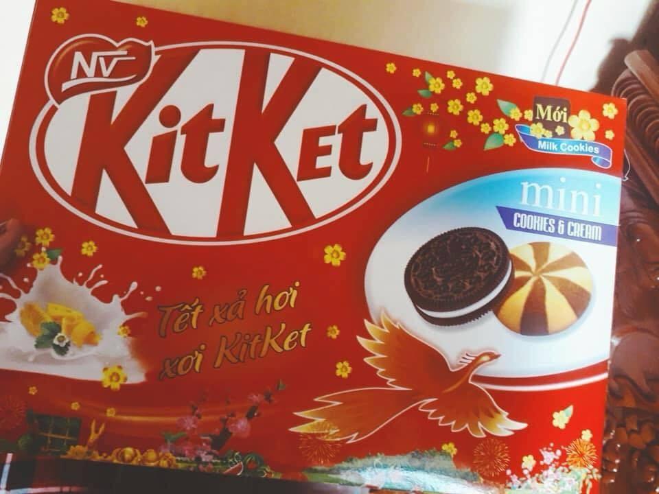 Thị trường 8/1: 'Thủ phủ' bánh kẹo nhái La Phù nhộn nhịp cận Tết