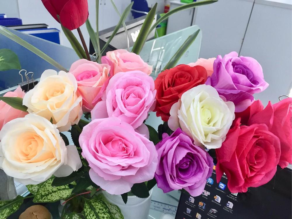 Thị trường ngày 8/3: Hoa hồng tiêu thụ mạnh