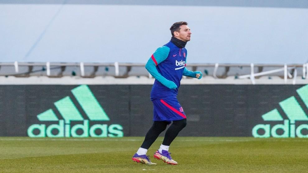 Barcelona nhận hung tin từ Messi trước chung kết Siêu Cúp
