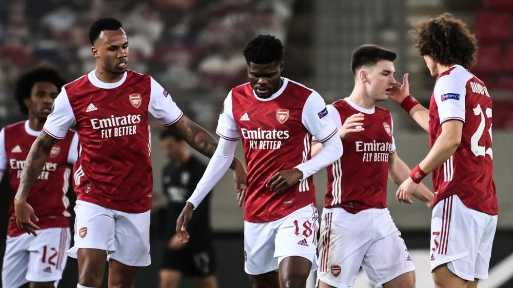 Arsenal ngược dòng khó tin tại Europa League