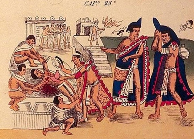 Quá trình sát tế người kinh hoàng của thổ dân Aztec