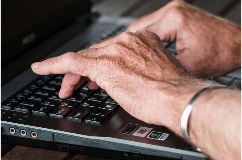 Thử nghiệm kiểm soát các triệu chứng ung thư hiệu quả bằng... máy tính