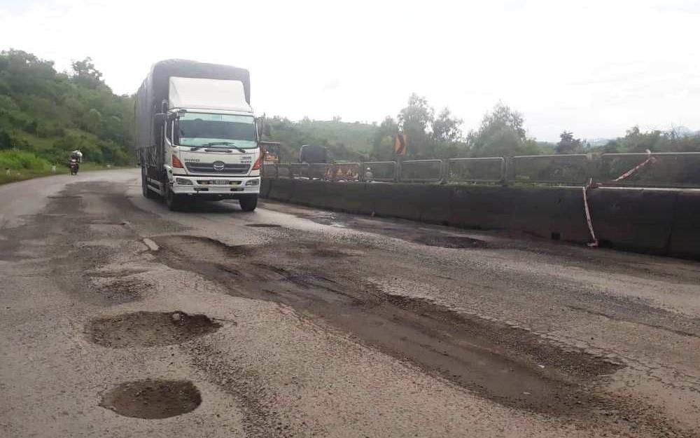 Sẽ thu hồi vốn ủy quyền sửa quốc lộ với địa phương làm chưa tốt