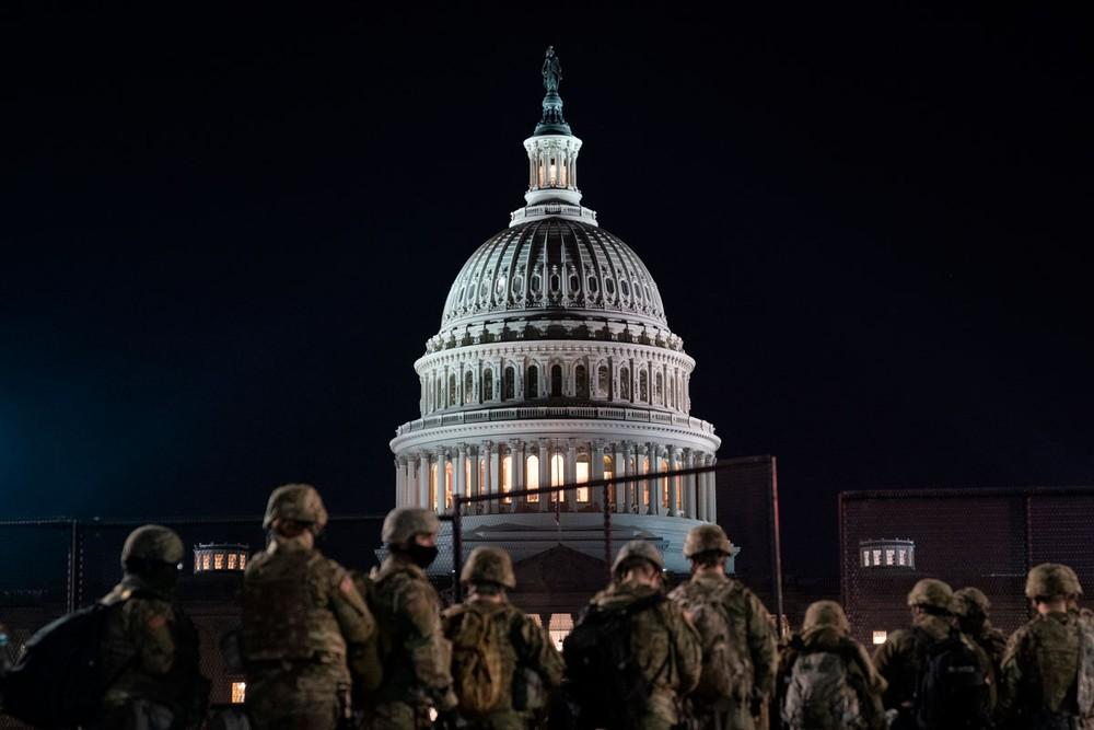Hạ viện Mỹ thông qua nghị quyết kêu gọi cách chức Tổng thống Trump
