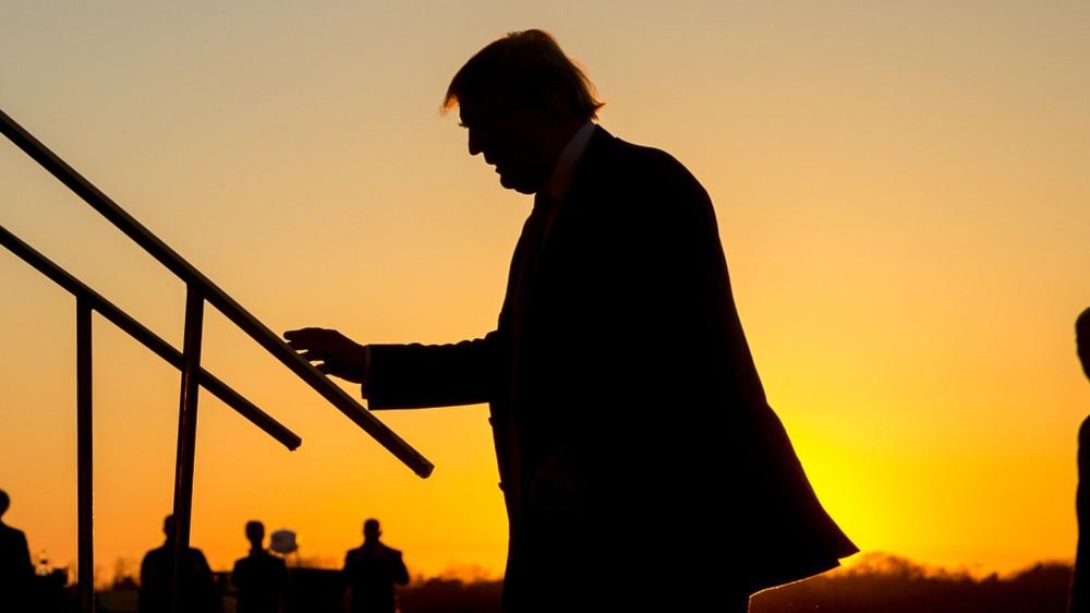 Bị Hạ viện luận tội, điều gì chờ đón ông Trump trong tuần cuối nhiệm kì?
