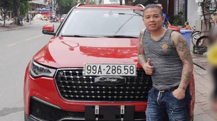 """Bắt nghi phạm nổ súng vào xe của """"thánh chửi"""" Dương Minh Tuyền"""