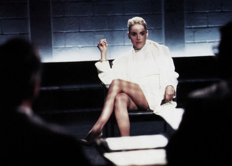 Sharon Stone tiết lộ sự thật đằng sau cảnh 'lộ hàng' trong phim Bản năng gốc | Văn hóa
