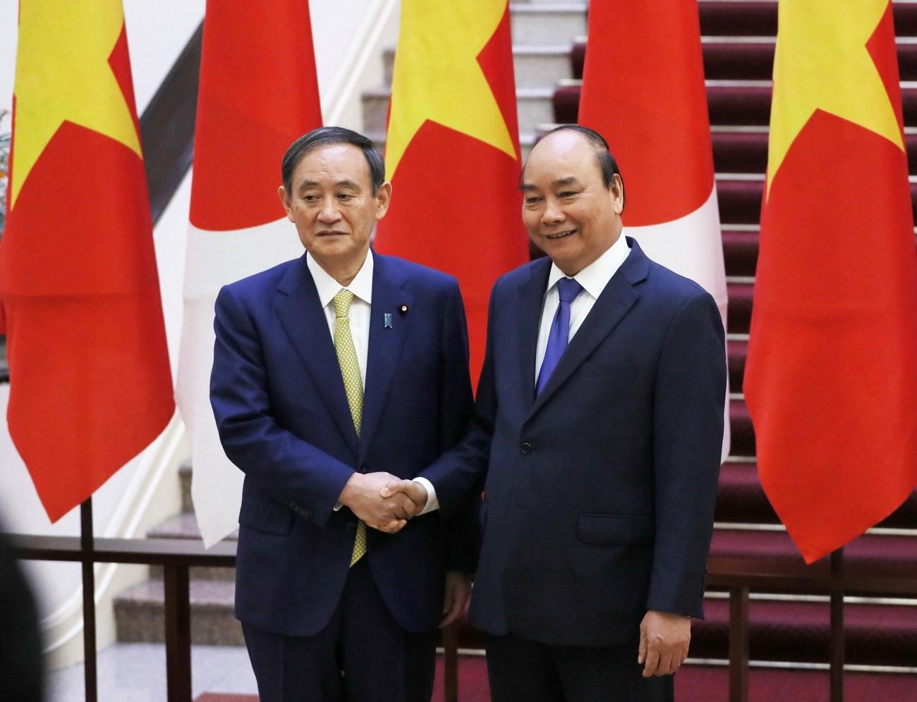 Thủ tướng Nguyễn Xuân Phúc chủ trì lễ đón thủ tướng Nhật Bản Suga Yoshihide ảnh 5