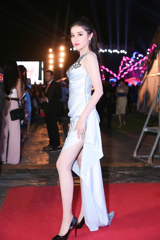 Cuộc hội ngộ hiếm có của dàn người đẹp xuất thân từ Hoa hậu Việt Nam ảnh 4