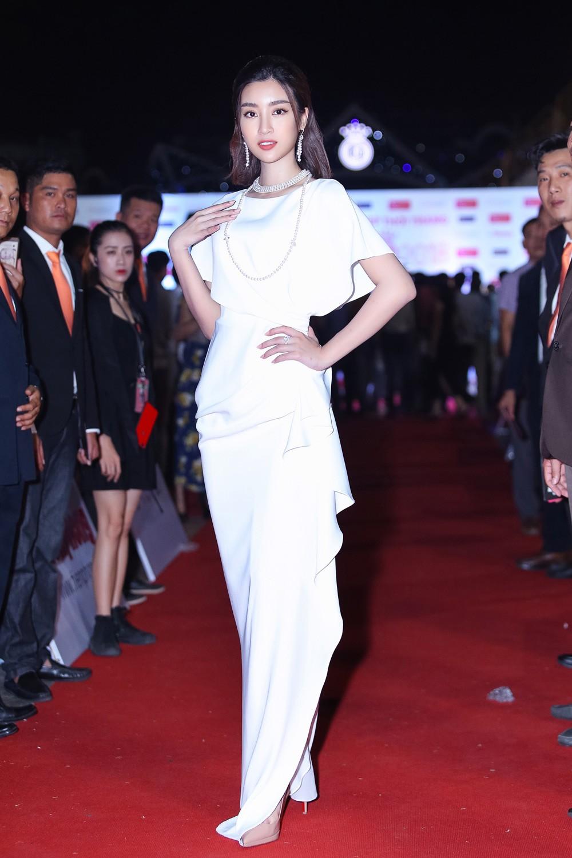 Cuộc hội ngộ hiếm có của dàn người đẹp xuất thân từ Hoa hậu Việt Nam ảnh 2