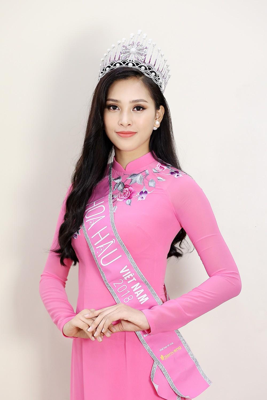 Top 3 Hoa hậu Việt Nam chia sẻ hành trình chinh phục vương miện ảnh 6