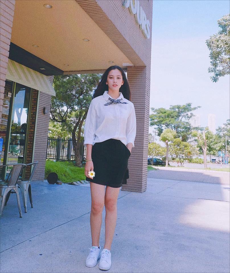 Loạt ảnh đời thường chưa từng tiết lộ của tân Hoa hậu Trần Tiểu Vy ảnh 4