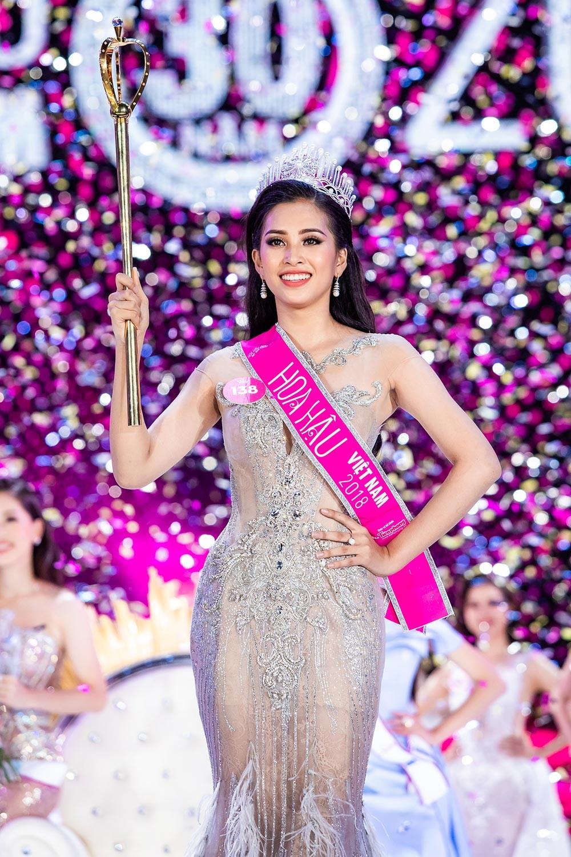 Hành trình đến vương miện của tân Hoa hậu Trần Tiểu Vy ảnh 14