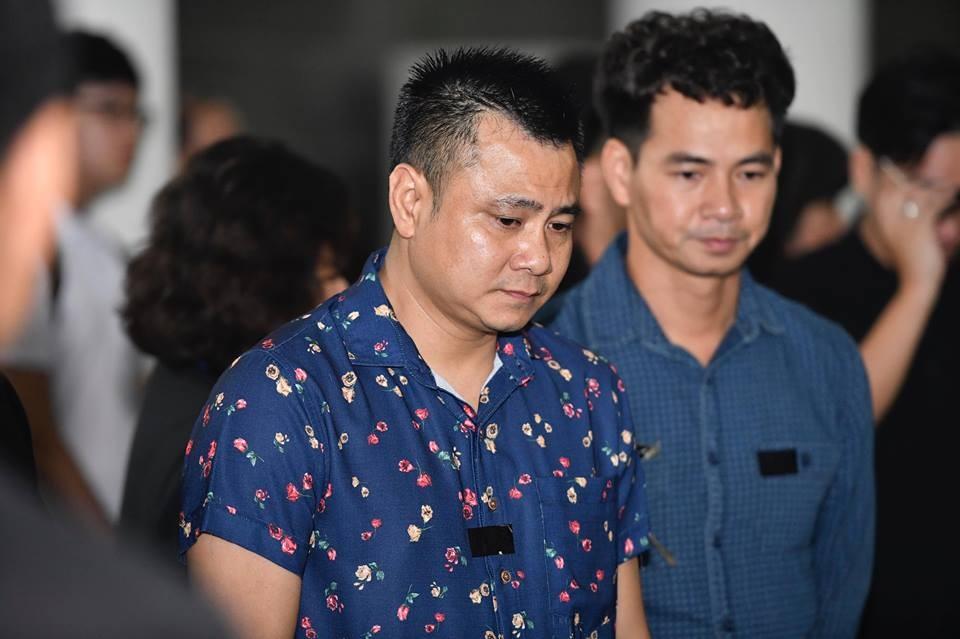 Sao Việt khóc nghẹn tiễn đưa 'trùm hài Tết' đất Bắc Phạm Đông Hồng ảnh 6