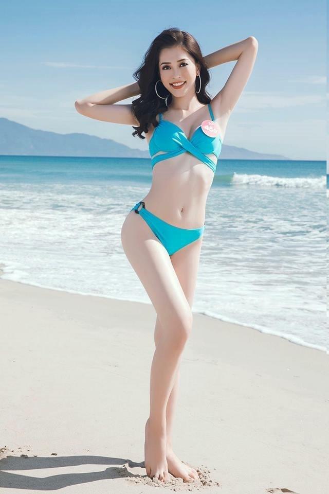 'Bỏng mắt' ngắm tân Hoa hậu Trần Tiểu Vy khoe dáng với bikini ảnh 6