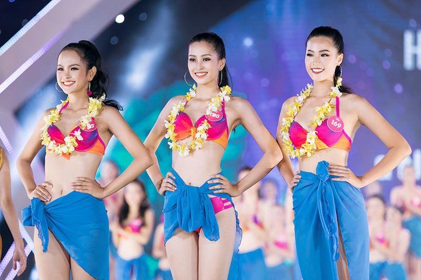 'Bỏng mắt' ngắm tân Hoa hậu Trần Tiểu Vy khoe dáng với bikini ảnh 5