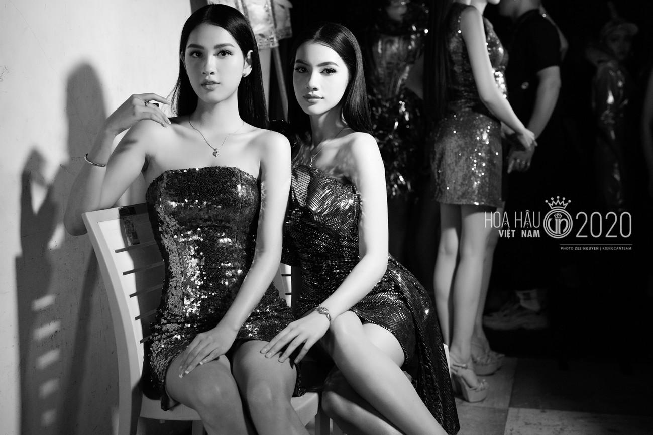 Hé lộ loạt ảnh hậu trường chung kết xinh đẹp của Hoa hậu Đỗ Thị Hà và các thí sinh ảnh 11