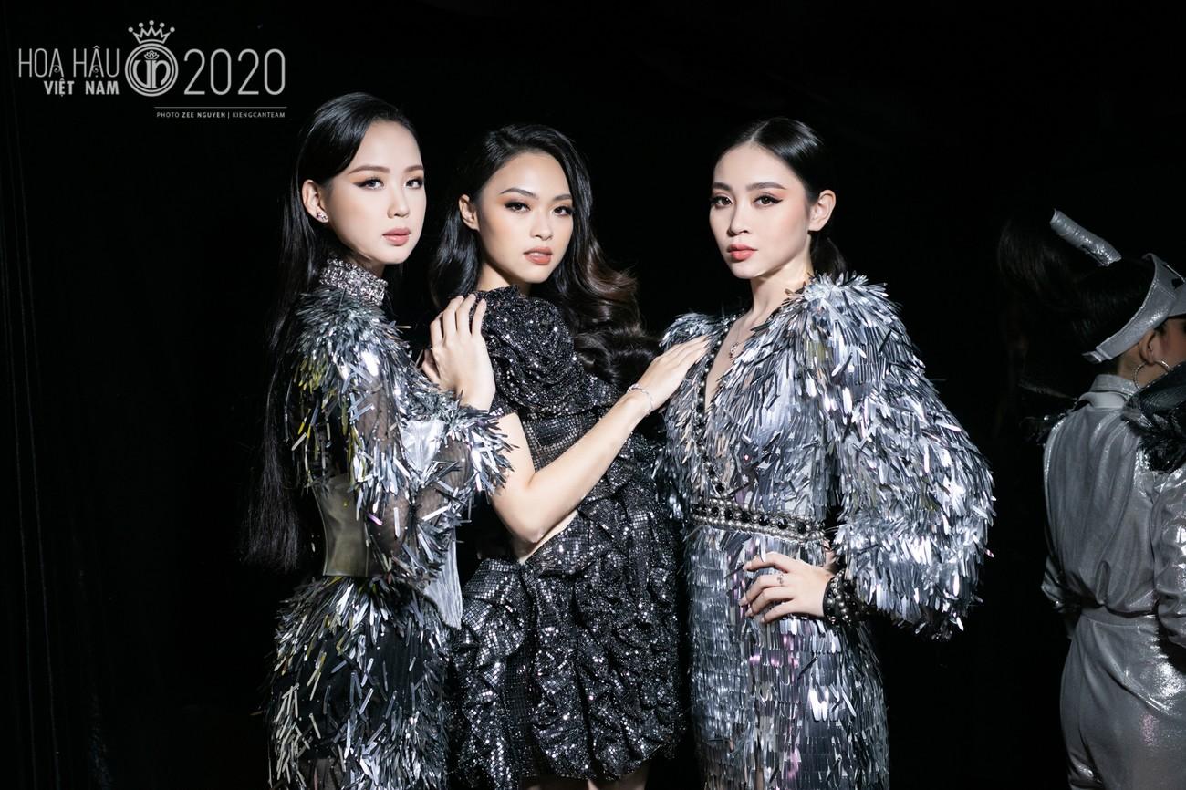 Hé lộ loạt ảnh hậu trường chung kết xinh đẹp của Hoa hậu Đỗ Thị Hà và các thí sinh ảnh 12