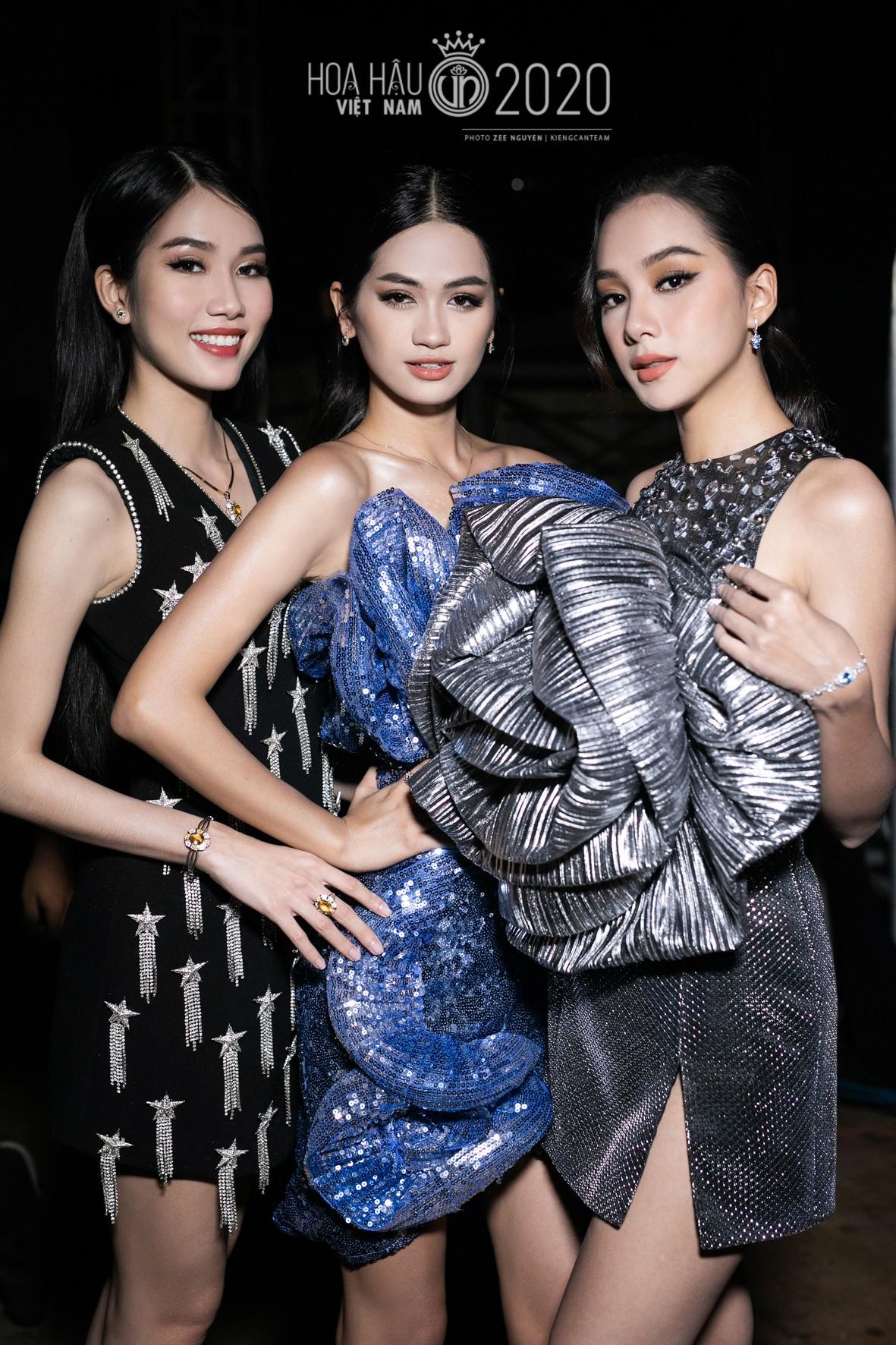 Hé lộ loạt ảnh hậu trường chung kết xinh đẹp của Hoa hậu Đỗ Thị Hà và các thí sinh ảnh 15
