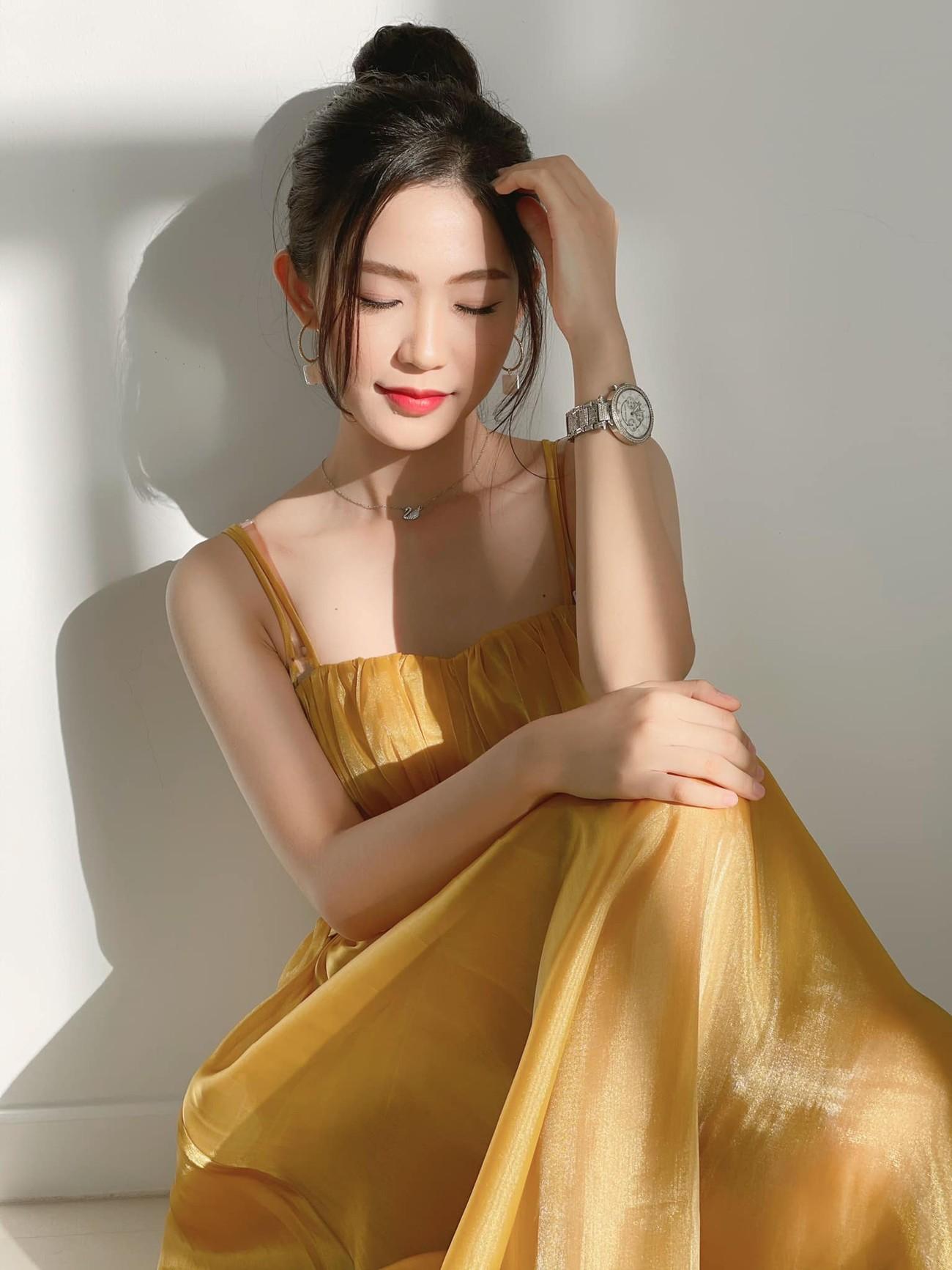 Nhan sắc tựa nàng thơ của 'Người đẹp được yêu thích nhất' Hoa hậu Việt Nam 2020 ảnh 4